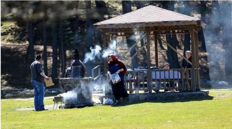Piknik yasağı ne zaman bitiyor? Piknik alanları ve mesire yerleri ne zaman açılıyor?