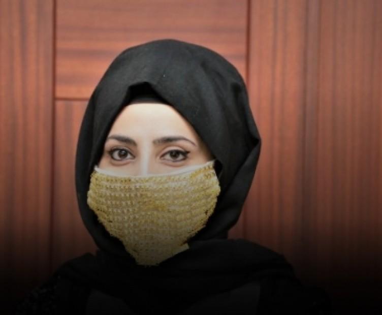 Gelinlere özel koronavirüs maskesi üretildi