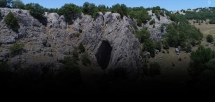 Bu mağara iki ili birbirine bağlıyor... Eskişehir'den giren, Bolu'dan çıkıyor
