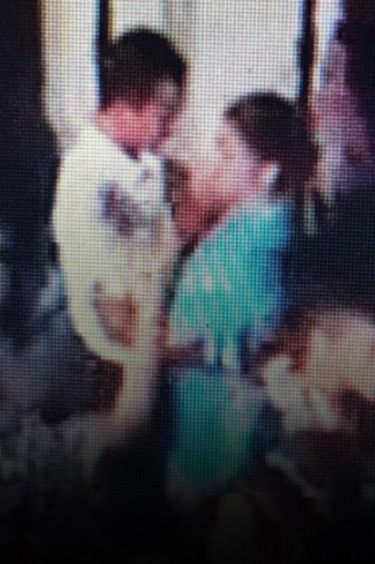 Genç kadının katiliyle dansı kameraya yansıdı