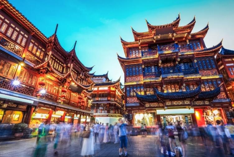 Virüsü dünyaya yayan Çin'de vaka sayısı sıfırlandı, maske zorunluluğu kalktı