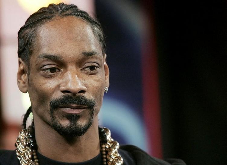Dünyaca ünlü rapçi Snoop Dogg'tan Yıldız Tilbe paylaşımı .