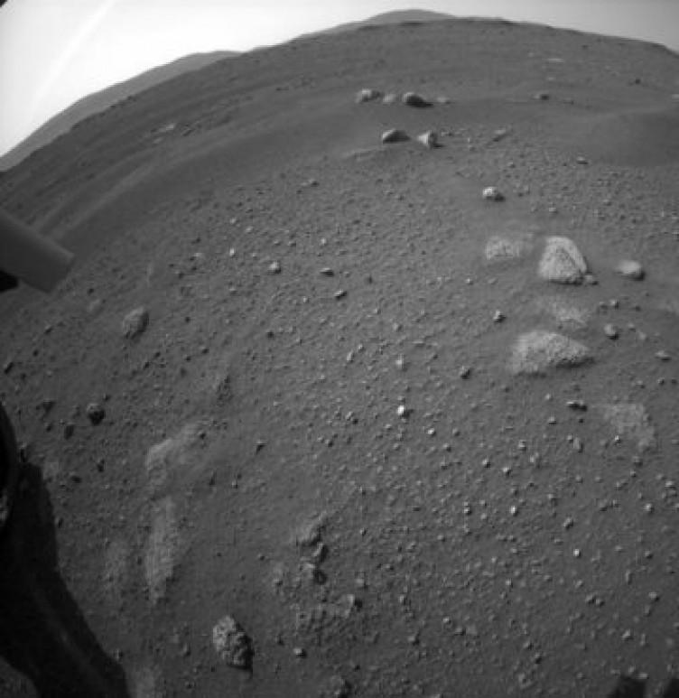 Mars'tan gelen ilk fotoğraflar paylaşıldı!