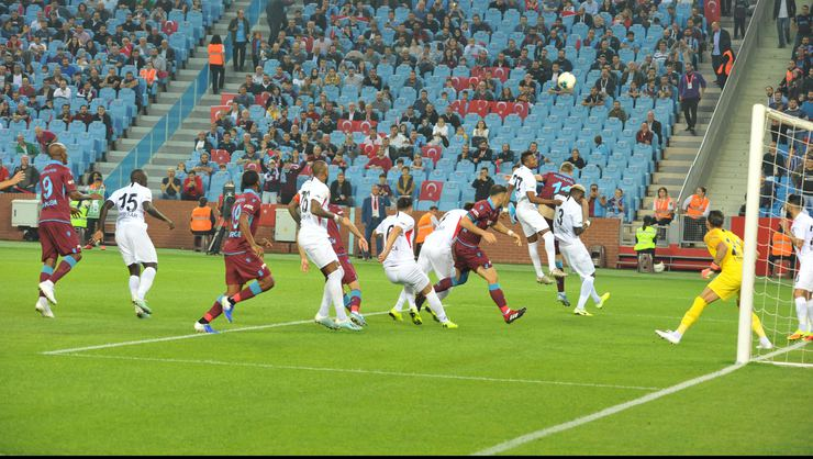 Yeni lider Trabzonspor