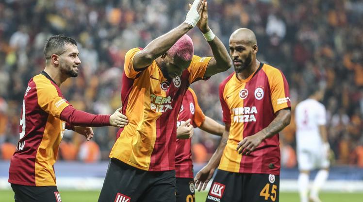 Nefes kesen maçta kazanan Galatasaray'da