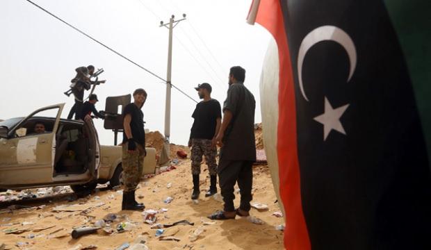 Türkiye destekli Trablus birlikleri Libya'da ilerliyor