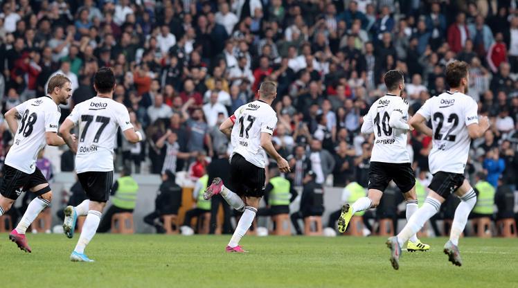 Beşiktaş 5 eksikle Ankara'ya gitti