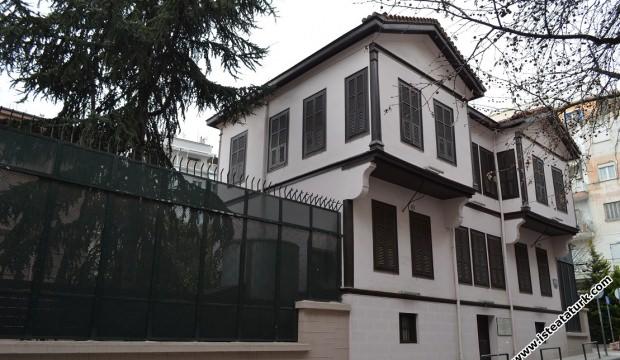 CHP buna ne diyecek? PKK'lılar Atatürk'ün evine saldırdı