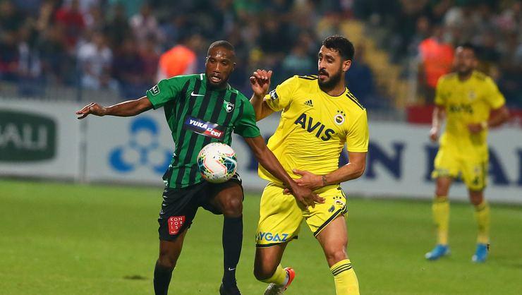 Fenerbahçe galibiyetle döndü