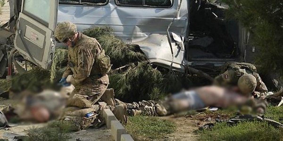 Taliban, ABD askeri konvoyunu vurdu