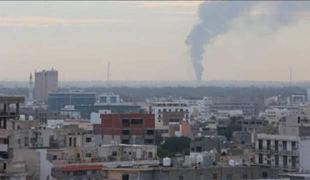 Hafter ateşkese uymuyor: Trablus'a saldırıyorlar
