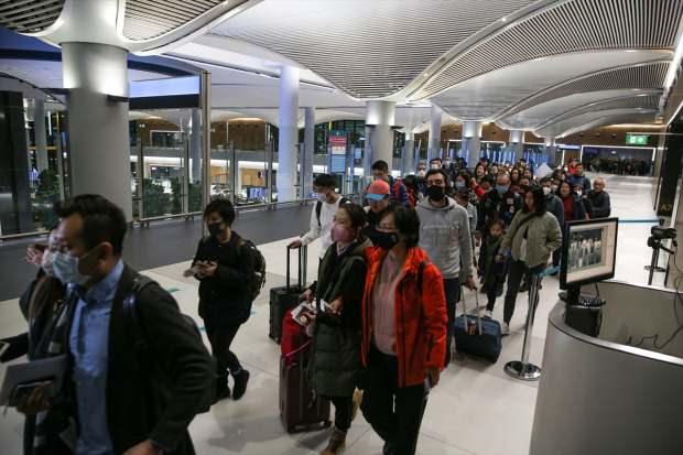 Sağlık Bakanı virüs açıklaması: Şüpheli Çinliyi sınır dışı ettik
