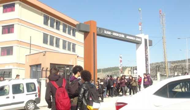 Mersin'de Hareketli dakikalar: Okul tatil edildi