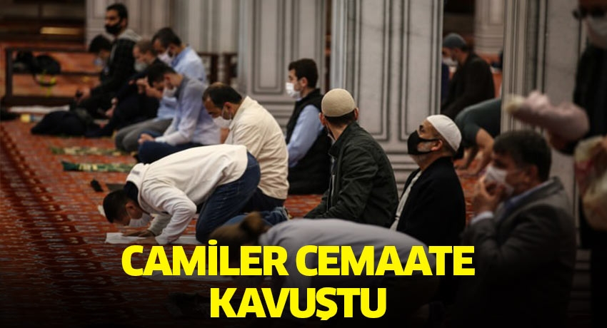 Prof. Dr. Ali Erbaş hutbe veriyor! Camiler cemaate kavuştu