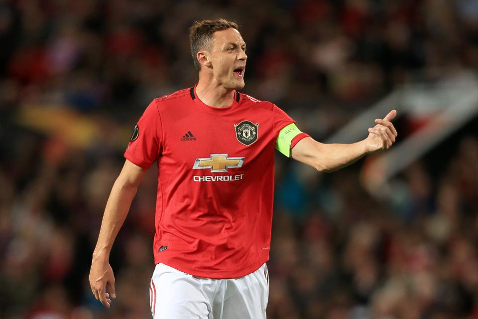 Matic, M.United'da kaldı
