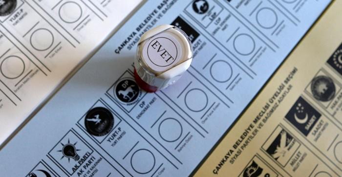 Türkiye'de bu pazar seçim olsa hangi parti yüzde kaç oy alıyor?
