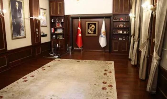 Adana Büyükşehir Belediyesi'ne haciz