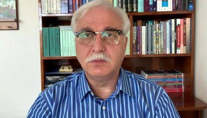 Bilim Kurulu üyesi Özlü'den ezberleri bozan uyarı