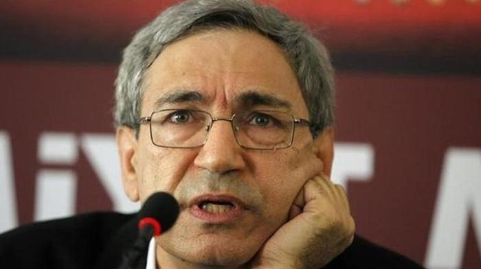 Orhan Pamuk: Ayasofya açıldı, Laiklik gitti