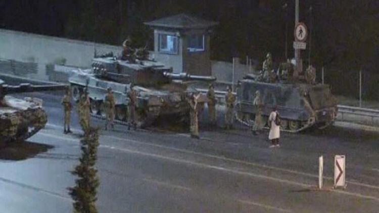 Tanklara direnen kadın; Safiye Bayat! Akit TV'ye özel konuştu