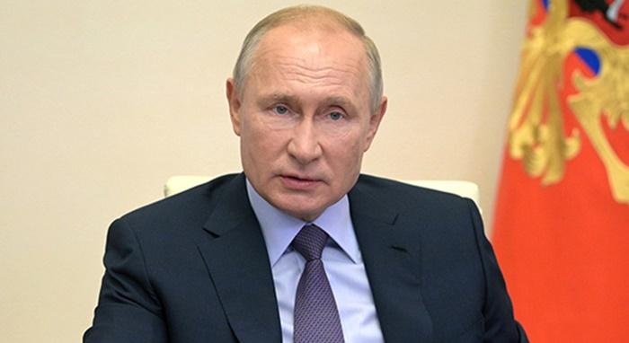 Putin: ABD'nin Afganistan'daki askeri varlığı sürmeli