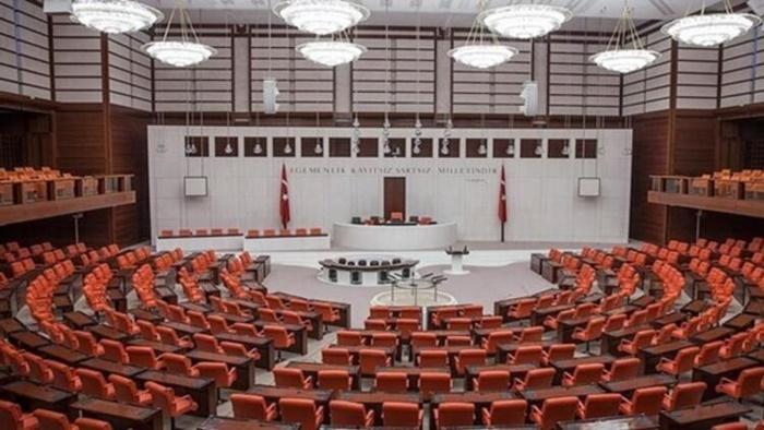 Türk askerinin görev süresini uzatan tezkere Meclis'te