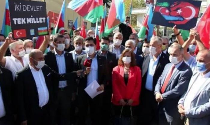 İyi Parti'den Azerbaycan'a 'gönüllü askerlik' çağrısı