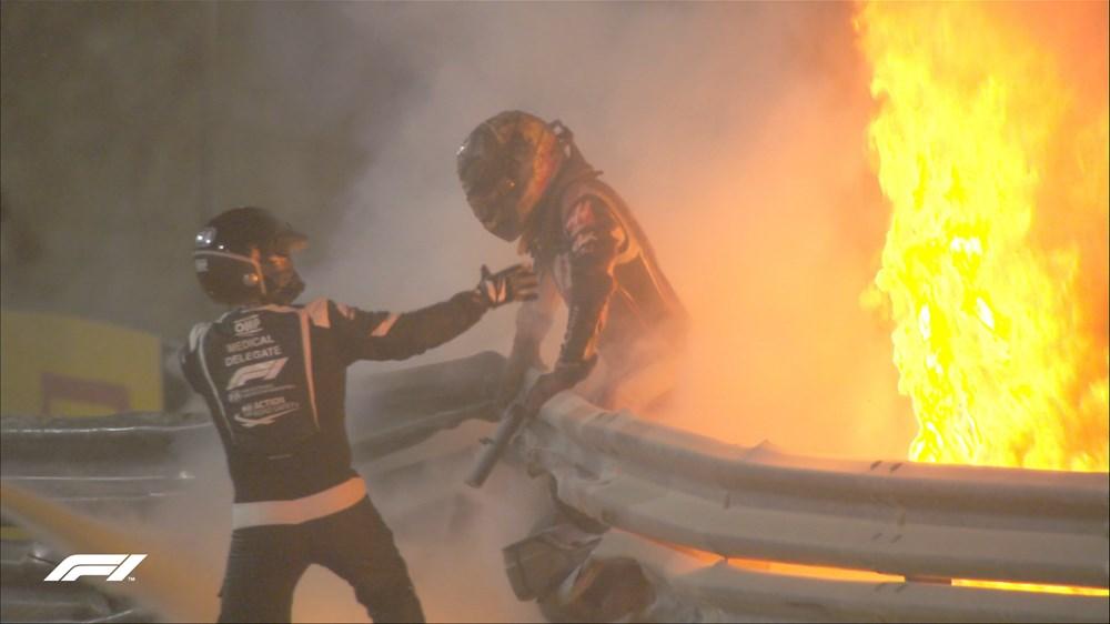 Grosjean'ın aracı yandı