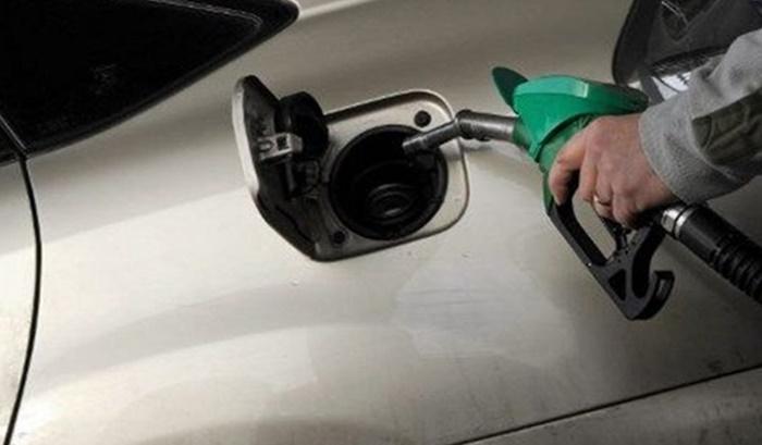 2030'dan itibaren benzinli ve dizel araç satılmayacak
