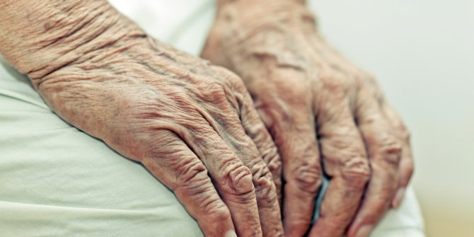 Bilim insanları böyle duyurdu: Yaşlanmayı tersine çevirdik