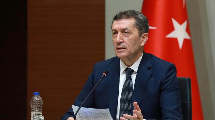 Milli Eğitim Bakanı Selçuk'tan uzaktan eğitim açıklaması: Yeni bir adım daha atıyoruz