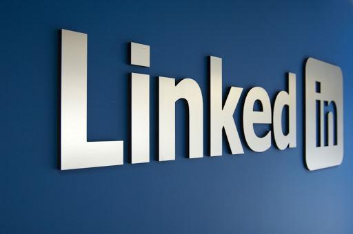 Sosyal iş ağı ve paylaşım platformu LinkedIn'den Türkiye kararı
