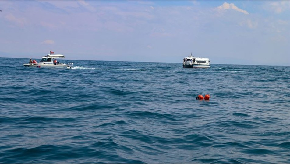 Göçmenleri taşıyan tekne battı: 43 ölü