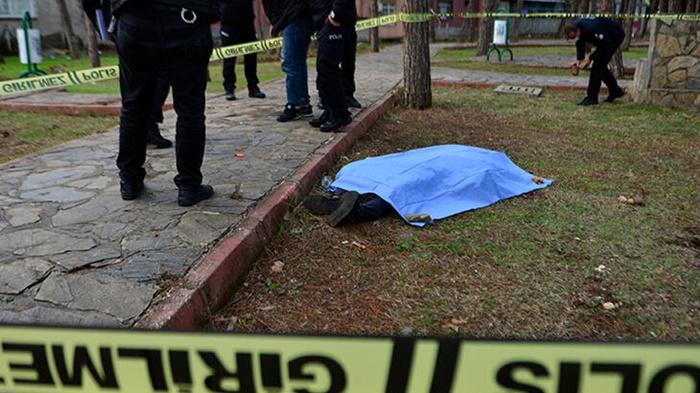 Parkta cesedi bulunan kişi hakkında yeni gelişme