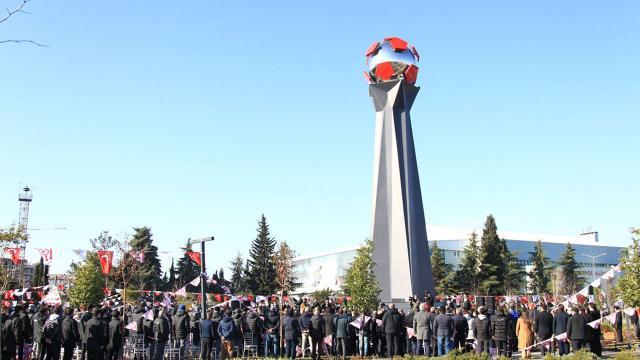 Futbol Şehitleri Anıtı açıldı