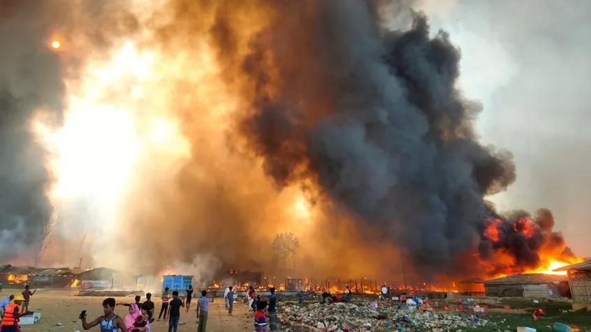 Cox Bazar'daki mülteci kampında çıkan yangında bilanço ağırlaşıyor - Dünya  Haberleri