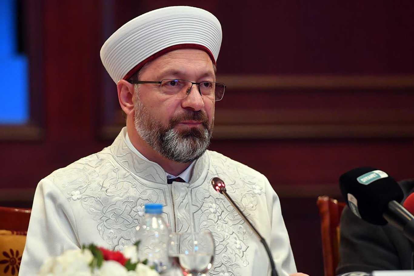 Ali Erbaş açıkladı: İslam düşmanlığına karşı sizlere büyük görevler düşmektedir