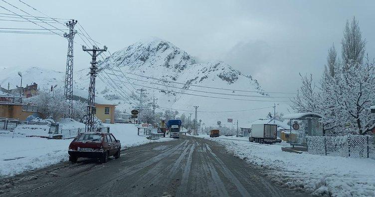Tunceli'de 20 köy yolu ulaşıma kapandı