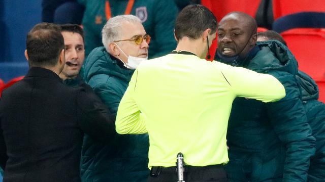 PSG-Başakşehir maçında ırkçılık yapan hakeme UEFA'dan komik ceza