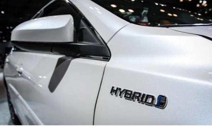Otomobil pazarında büyük sürpriz: Satışı patladı