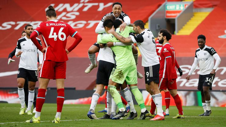 Liverpool dökülüyor