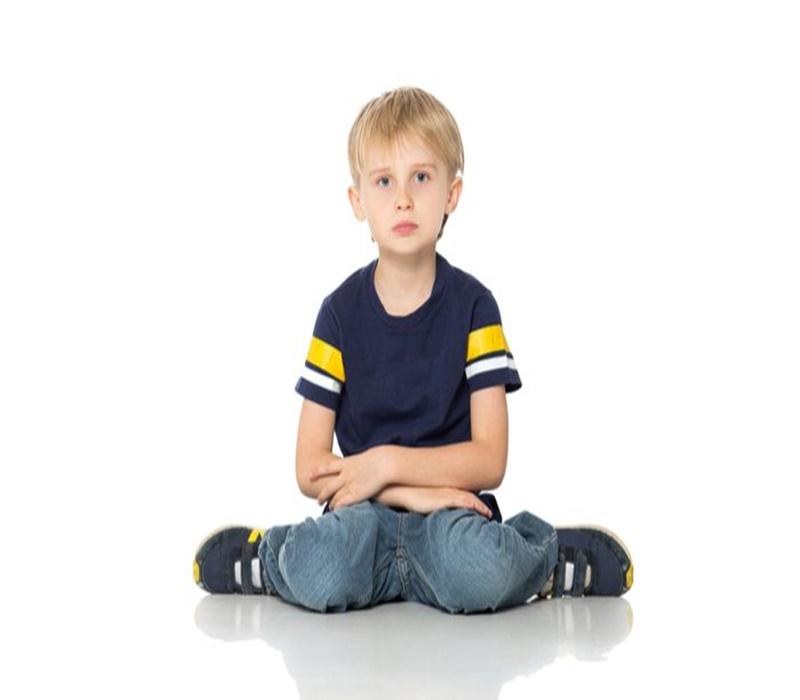 Çocuğunuzun W oturmasını hafife almayın
