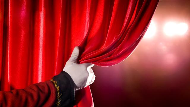 Özel tiyatrolara 36,5 milyon lira destek
