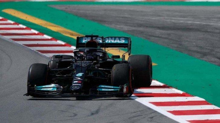İspanya'da kazanan yine Hamilton