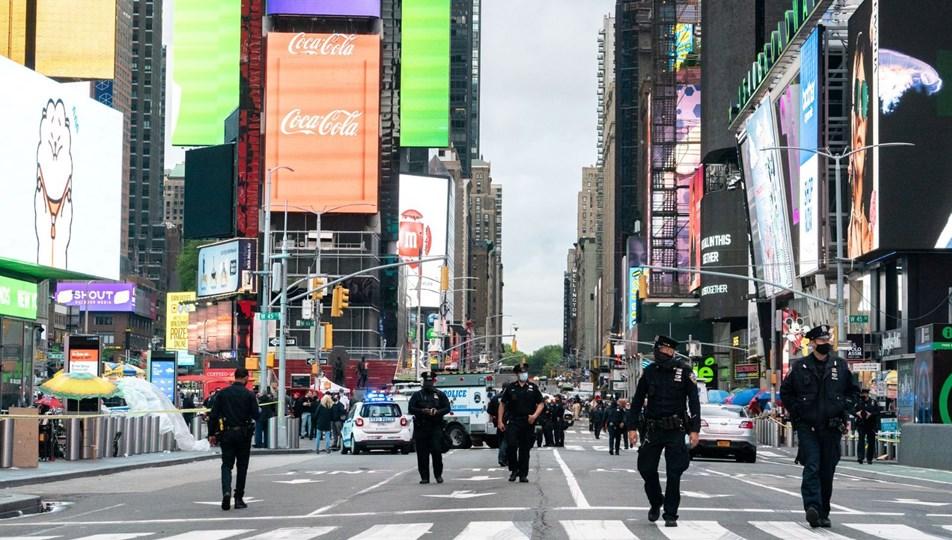New York'ta Times Meydanı'nda silahlı saldırı