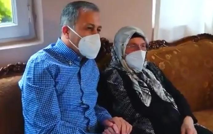 İstanbul Valisi Ali Yerlikaya'dan 17 yıllık muhtara ziyaret