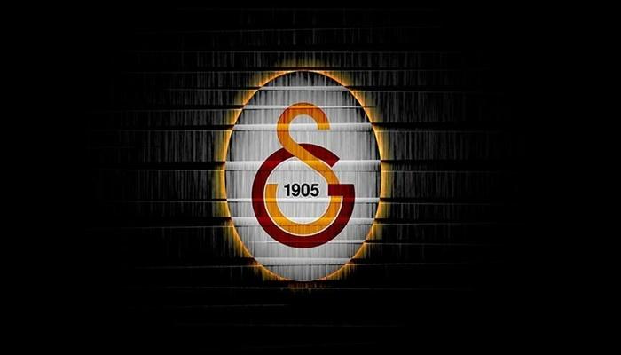 Galatasaray iki futbolcusu ile sözleşmesini uzattı