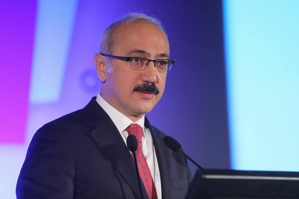 Bakan duyurdu: Türk Lirası için önemli adım