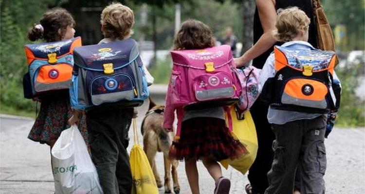 Çocukların okula uyumları konusunda ebeveynlere düşen görevler nelerdir?