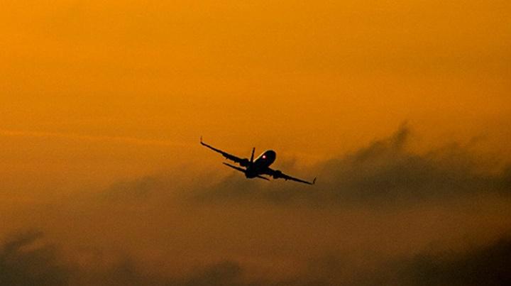Cezayir, Fas uçaklarına hava sahasını kapattı